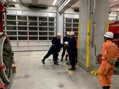 消防署での水出し訓練