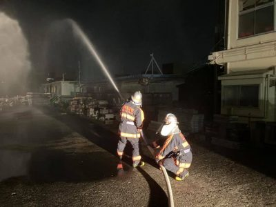 水出し訓練(消防団旅行.com)